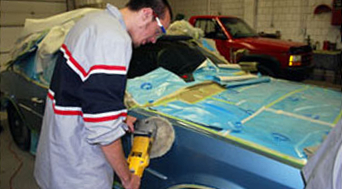Auto Collision - Student Buffing Car